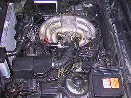 отсек двигателя BMW E30