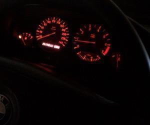 индикатор BMW E60