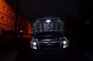 Свет под капотом BMW E34