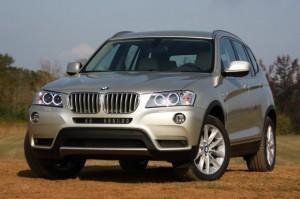 нового BMW X4 в Детройте