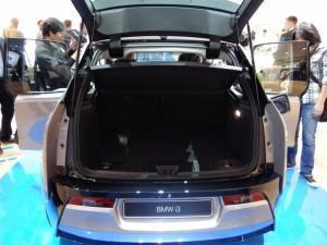 BMW i3 (2013) багажник