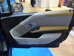 BMW i3 (2013) дверь