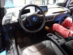 BMW i3 (2013) сидения водителя