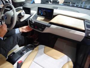 BMW i3 (2013) торпеда
