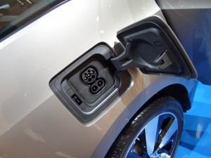 BMW i3 (2013)_зарядка