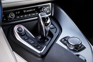 BMW i8 передачи