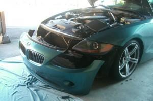 выташите бампер BMW Z4
