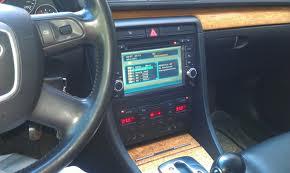 новую магнитолу на BMW 750