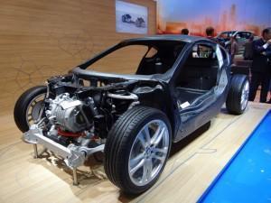 BMW i8 фото рама