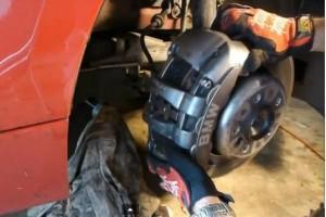 тормозные колодки BMW 135i