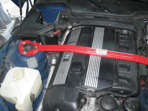 Установка новых подушек двигателя BMW Z3(с фотографиями)
