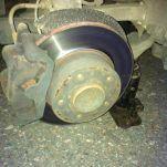 Подробная инструкция по замене тормозных дисков и колодок на BMW e81 и e87