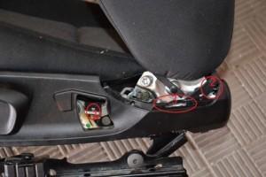 снимаем ремень сидения bmw e90
