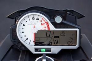 BMW S1000R 2014 года приборная