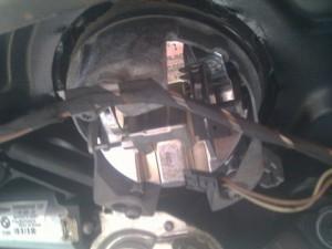 моторчик багажника BMW E87