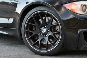 колесо BMW 1M купе от Dinan