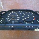 Как поменять колпачки приборов на BMW E90(325i) — отчет