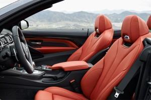 салон BMW M4 кабриолет