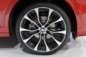 BMW X4 2015 года колесо