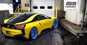 синие диски BMW i8