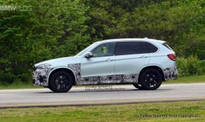 F85 BMW X5M 2015 сбоку