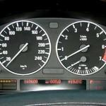 Проверка аккумулятора на BMW E38 E39 X5 E46, используя приборную панель