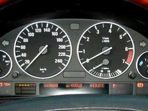 Проверка аккумулятора на BMW E38