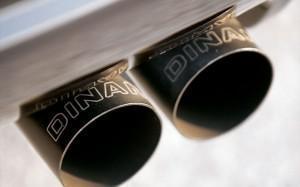 Тюнинг BMW 1M dinan выхлоп
