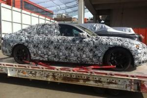 гибридная BMW 7 серии 2016 года