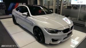 новый BMW m4 белый