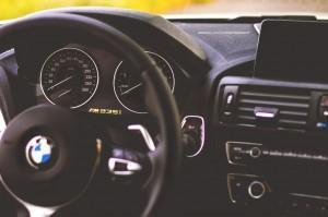 BMW M235i с M Performance приборка