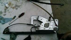 демонтаж стеклоподьемника e39