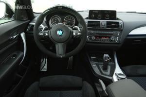 BMW M235i Track Edition руль