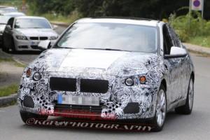 Новый BMW 1 серии спереди
