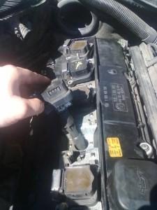 демонтаж катушки зажигания e39