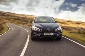 на дороге BMW 2 серии Active Tourer