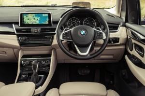 салон BMW 2 серии Active Tourer