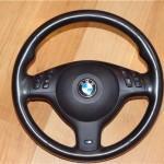 Замена штатного руля на спорт: BMW E46 323i (1999 года)