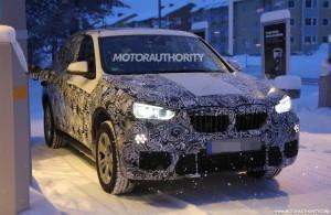 BMW X1 2016 года спереди