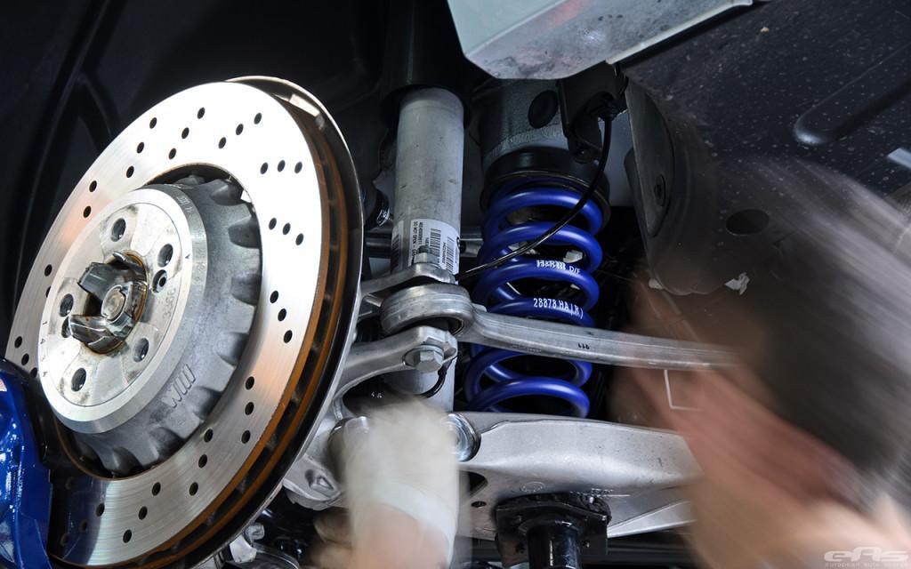 F82 BMW M4 амортизаторы