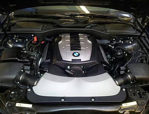 Замена стартера на BMW E65/E66 745i (фото инструкция)