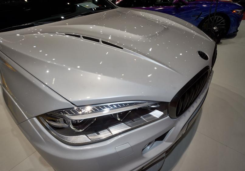 BMW X6 с тюнингом от Hamann фара