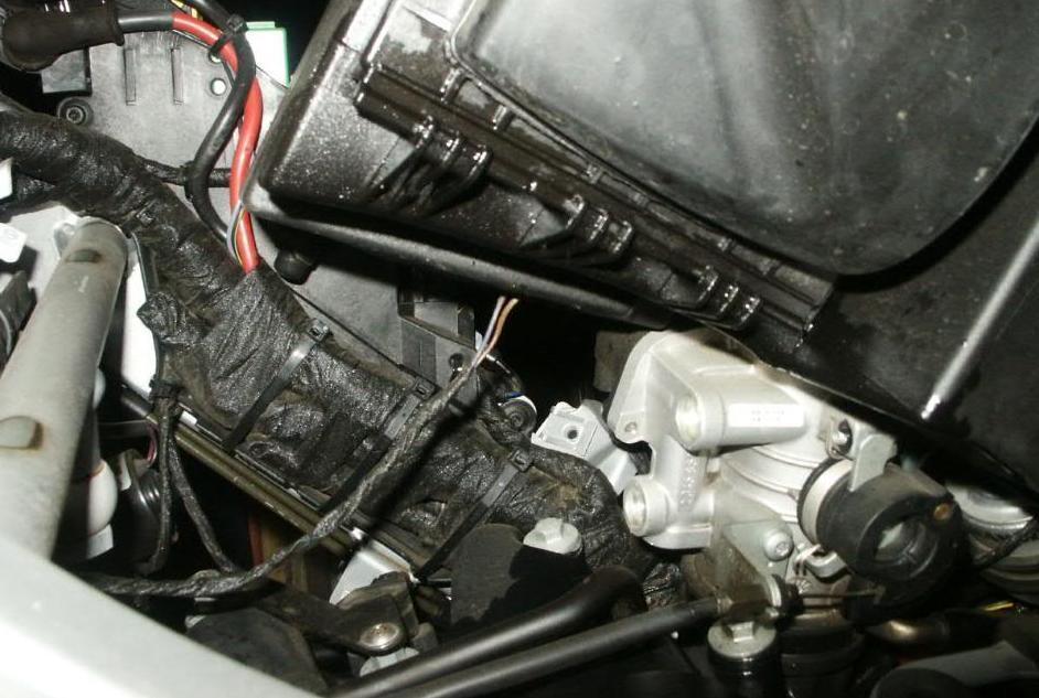 патрубок BMW f650cs