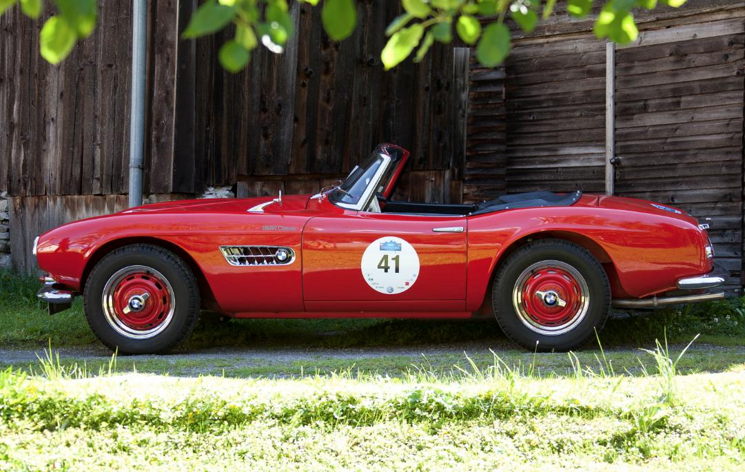 60 лет назад появилась легендарная BMW 507