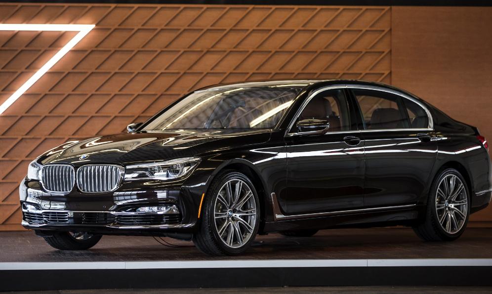новая BMW 7 серии 2016