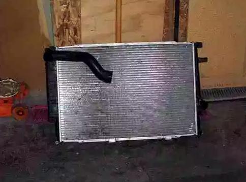 снять радиатор