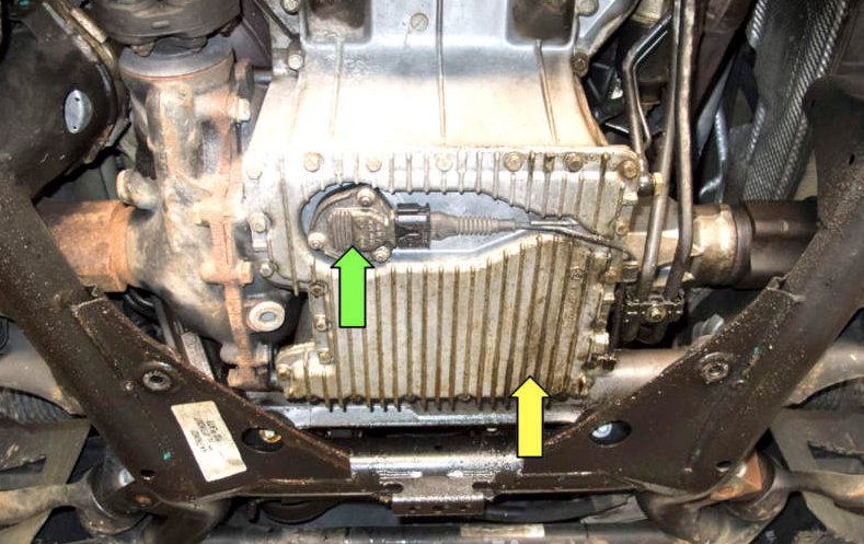 Замена датчика уровня масла на BMW X5 (2000-06)