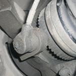 BMW e46 – как снять, заменить или почистить датчик скорости колеса