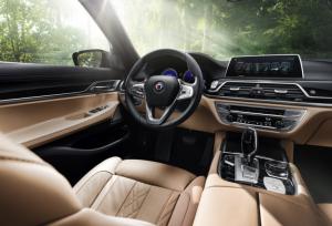 BMW ALPINA B7 дебют