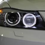 Установка LED ангельских глазок на e90 BMW